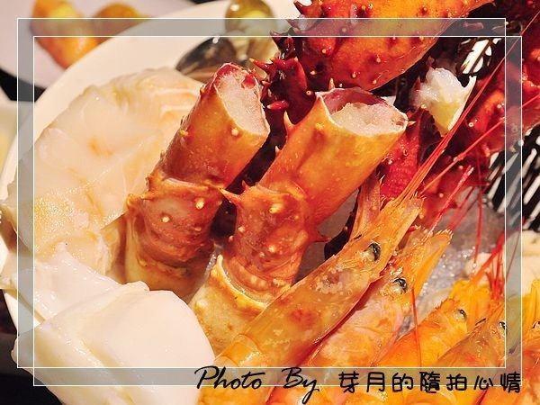 台北品火鍋帝王蟹吃到飽