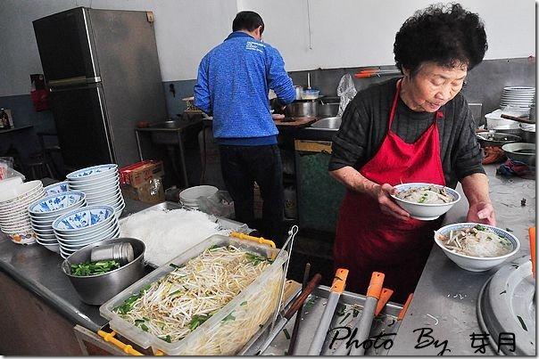 恆春-無名阿婆麵店–古早味細意麵,傳統美味好吃粉腸 @民宿女王芽月-美食.旅遊.全台趴趴走