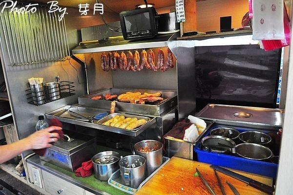 宜蘭礁溪排隊美食吳記米腸包香腸現烤臘肉