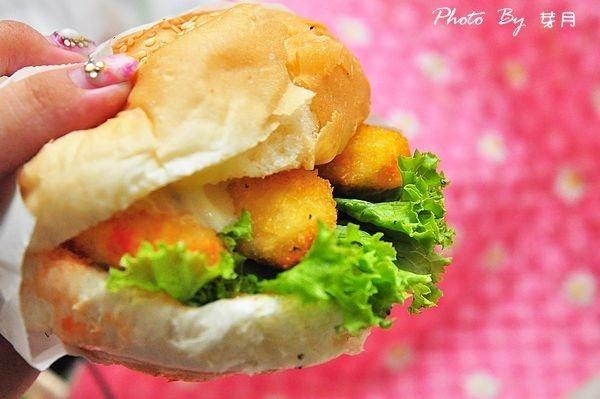 清溝夜市美食喬治素食漢堡食尚玩家排隊神出鬼沒小餐車