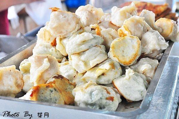 宜蘭早餐長弘早點排隊美食鮮肉水煎包燒餅蘿蔔絲餅在地人推薦