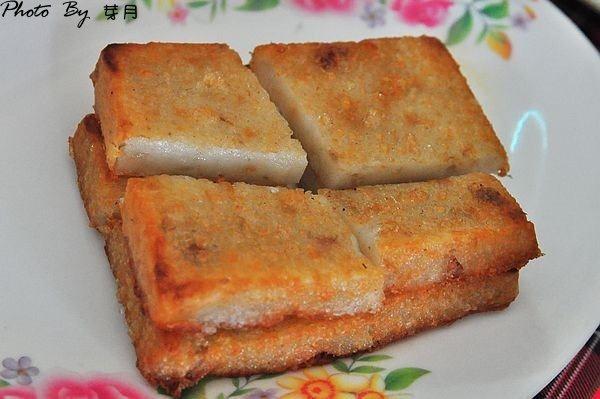 金門美食沙美老街閩式燒餅遠來興餛飩加料肉羹麵