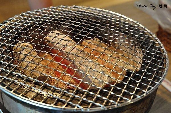新北市美食新莊–上禾町日式燒烤吃到飽—種類超多樣化,泰國蝦生蠔隨你吃到飽!!! @民宿女王芽月-美食.旅遊.全台趴趴走