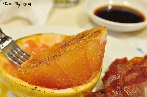 桃園台茂購物中心六F漢來海港餐廳海鮮Buffet吃到飽焦糖葡萄柚好吃推薦全攻略筆記
