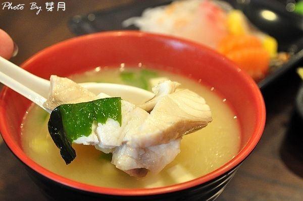 中原美食美味屋日式料理定食