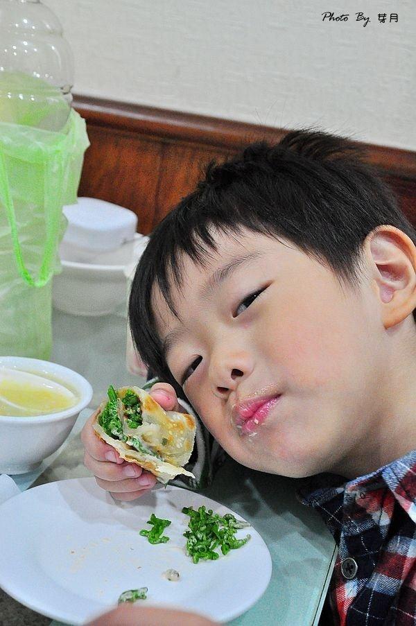 宜蘭美食羅東–北京園–超平價北方美食,餡餅捲餅都美味(已結束營業) @民宿女王芽月-美食.旅遊.全台趴趴走