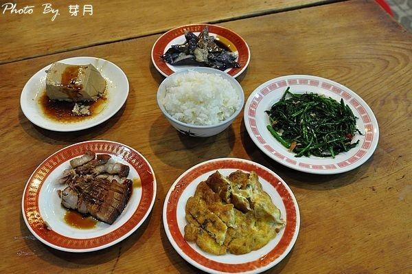 羅東美食夜市燕山清粥小菜老店宵夜三層肉魯豆腐