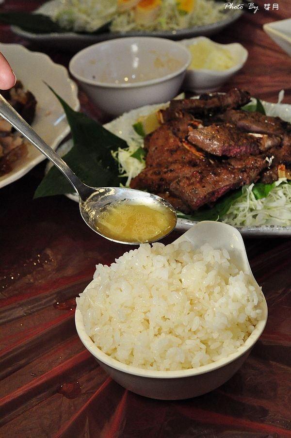 宜蘭美食壯圍交流道甕仔雞烤台灣鯛砂鍋魚頭熱炒合菜好吃推薦