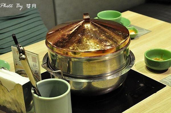 中壢sogo美食銀湯匙泰式火鍋吃到飽青醬咖哩檸檬香茅