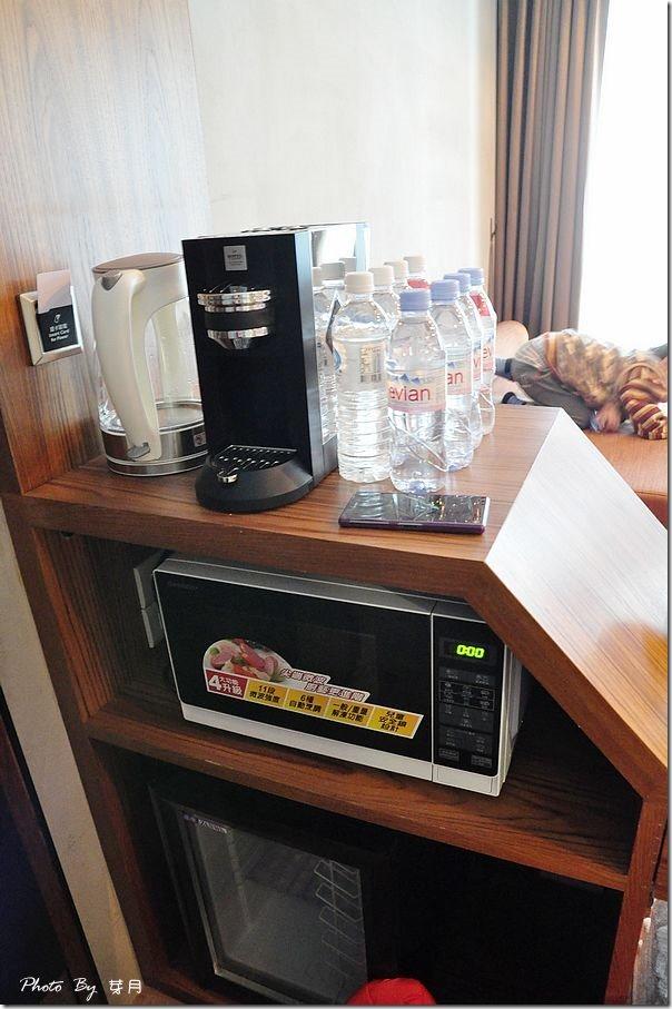 宜蘭羅東民宿夜市八方景精品天墅北歐館觀品四人房觀漾AP203BAR早午餐頂級膠囊咖啡歐舒丹