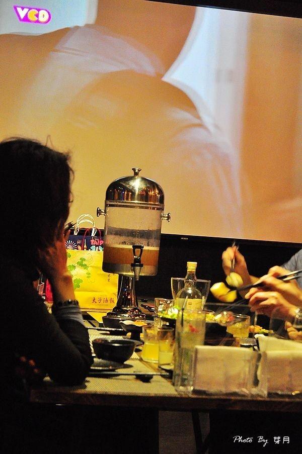 台北市民大道美食熊燒BAR燒餐酒館藝術品鐵板黑牛