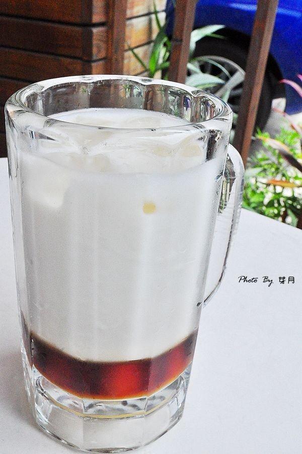 宜蘭美食五結國小臉紅紅飲料店純手工愛玉木耳露美人飲蜜芋頭在地人推薦