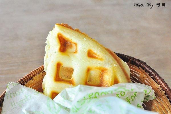 宜蘭羅東美食安心早午餐AP203法式培根佐花生布丁吐司花生培根厚牛堡停車場鬆餅