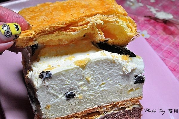 Super Sale,上班這黨事,下午茶甜點,乳酪二次方,冰心維也納,千層蛋糕,奧利奧提拉,拿破崙先生,拿破崙派,樂天市場,樂天獨家限定,生乳醬,萊姆葡萄 @民宿女王芽月-美食.旅遊.全台趴趴走