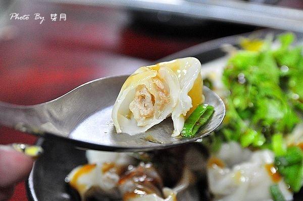 龍潭美食南龍路小郵局郭記麵食館酸辣湯花生豆腐魯肉飯豬頭肉在地人推薦低調老店