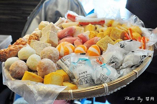 桃園大園美食餐廳推薦愛新覺羅皇家火鍋吃到飽火烤兩吃專用鍋抹茶霜淇淋不收服務費