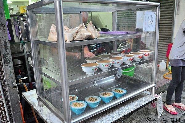 桃園平鎮美食推薦葉媽媽菜包山仔頂菜市場在地人秒殺隱藏版中式早餐手工客家碗粿水板