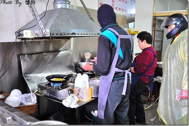 桃園八德美食無名早點力行街古早味手工粉漿蛋餅中式早餐老店在地人