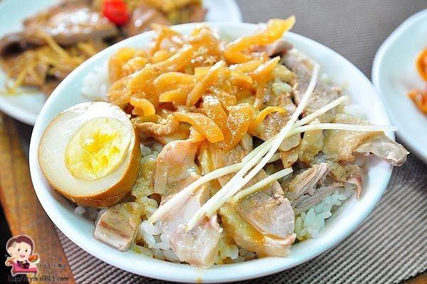 龍潭菜市場珠仔仔古早味滷肉飯蕃茄肉燥乾麵
