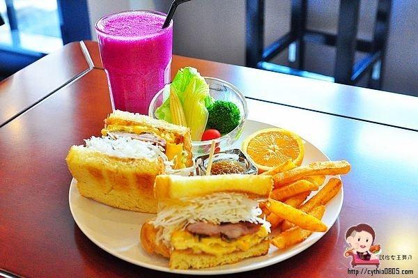 中原柏德廣場美食BBS創意吐司早午餐