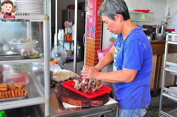 宜蘭蘇澳美食-無名麵店-馬賽超人氣麵店,辣椒醬油才是畫龍點晴的重點 @民宿女王芽月-美食.旅遊.全台趴趴走