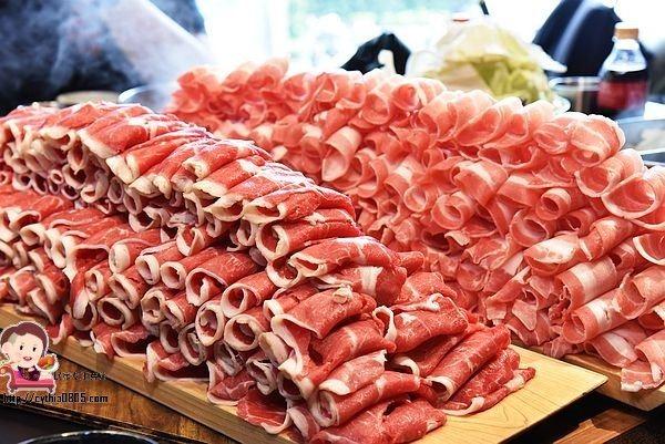 桃園中壢美食-福叄鍋物-超浮誇的240盎司大肉山,一年一次就夠了,下次要挑戰多少肉啊