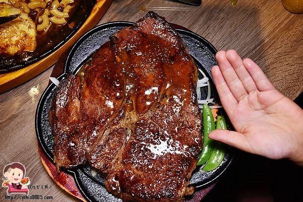 桃園龍潭美食-肉好吃牛排-平價大份量的牛排館,24盎司牛霸好逼人 (邀約) @民宿女王芽月-美食.旅遊.全台趴趴走