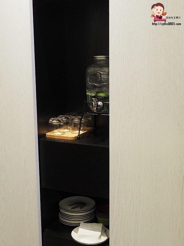 桃園中壢美食-日食 Eclipse cafe-SOGO商圈旁的低調咖啡廳,IG即將熱門打卡來啦 @民宿女王芽月-美食.旅遊.全台趴趴走