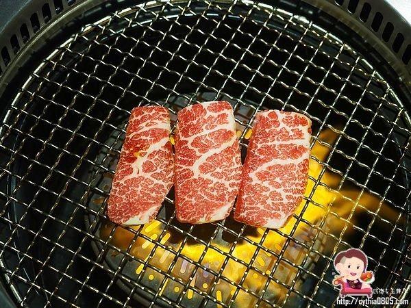 桃園統領美食-原燒O-NiKU統領店-在露營車裡面吃燒肉,跳脫燒肉套餐的刻板模式 (邀約) @民宿女王芽月-美食.旅遊.全台趴趴走