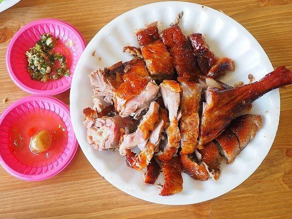 平鎮美食,正宗九龍燒味,燒雞,片皮鴨肉飯,老師傅,預約,香港燒鵝 @民宿女王芽月-美食.旅遊.全台趴趴走