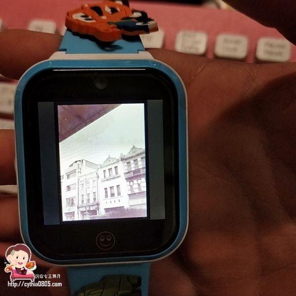 兒童團購好物-Hereu u5智慧兒童手錶-防潑水.定位.省電話費的好手錶,老人家也很適合 @民宿女王芽月-美食.旅遊.全台趴趴走