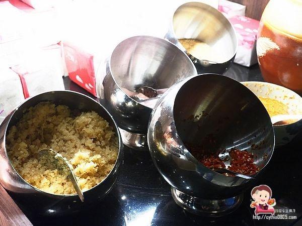 桃園中壢美食-紅瓦越式碳烤  Gạch Ngói-試營運期間只要350元吃到飽,全台第一家瓦片燒烤在這裡 @民宿女王芽月-美食.旅遊.全台趴趴走