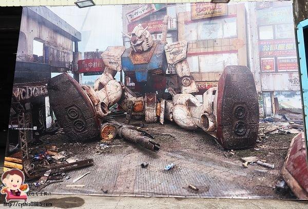 桃園平鎮景點-硨銪 – 智能刷卡室內自助洗車場-鋼彈來襲,巨型鋼彈壁畫就在新屋交流道旁,免費拍照好佛心 @民宿女王芽月-美食.旅遊.全台趴趴走