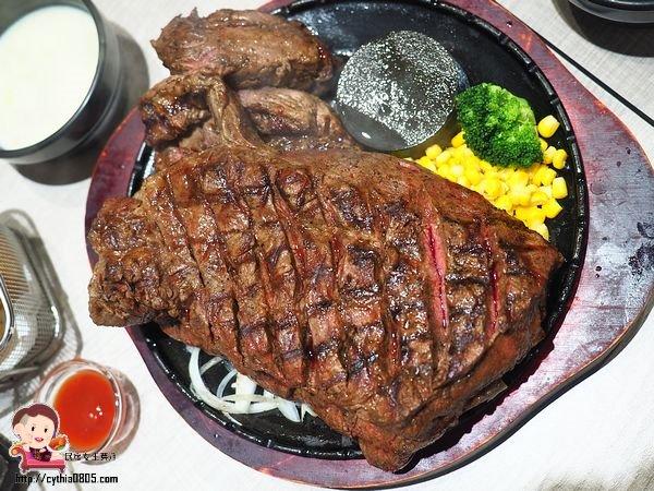 新北中和美食-鬥炙原味炙燒牛排-中和店-64盎司太驚人,大盎司的牛排還是很鮮甜  (邀約) @民宿女王芽月-美食.旅遊.全台趴趴走
