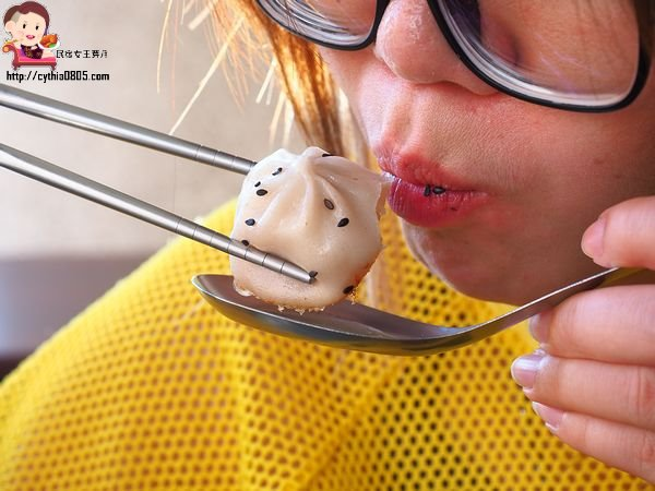 台南中西區美食-郭記蒸好味湯包-民生圓環爆汁湯包,臭豆腐煎包讓人印象深刻 @民宿女王芽月-美食.旅遊.全台趴趴走