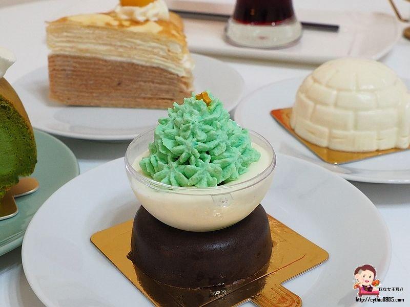 桃園中壢美食-Sweet法式甜點-隱密巷子裡面的甜點店,聖誕甜點超吸睛