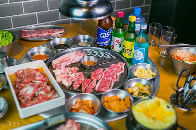 台北大安區美食-8292烤肉 팔이구이-正宗韓式鐵桶烤肉,五花肉.起司蒸蛋讓我魂牽夢縈  (邀約)