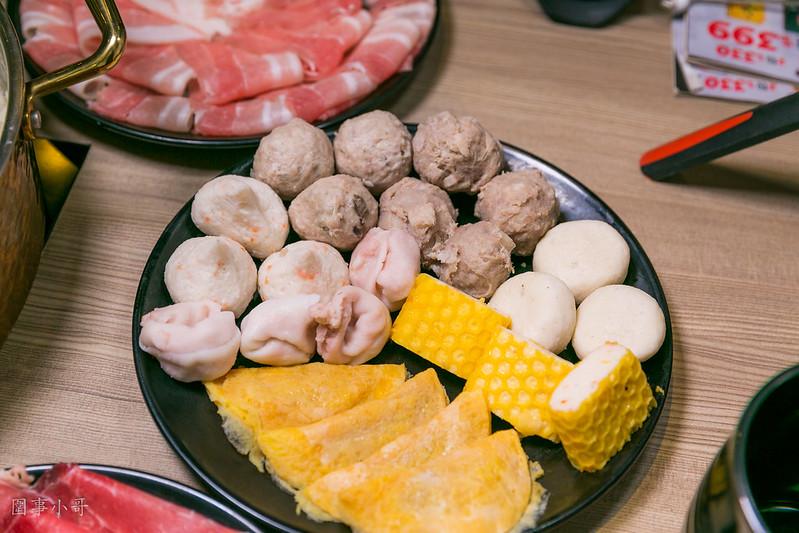 桃園火車站美食-東北之家-460元酸菜白肉鍋吃到飽,自然發酵的甘甜味  (邀約) @民宿女王芽月-美食.旅遊.全台趴趴走