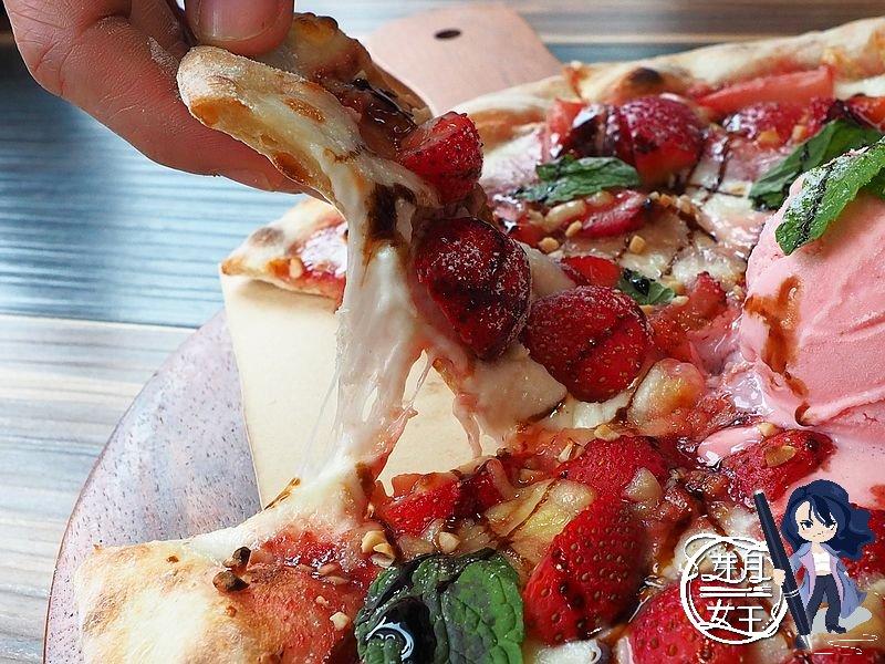 15盎司牛排,中茂新天地美食,好拍照,帕朵拉義式餐廳,桃園下午茶,桃園披薩,桃園美食,桃園藝文特區美食,素食,網美,義大利麵,草莓披薩