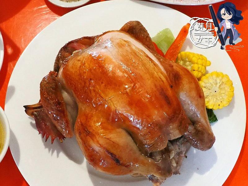 最新推播訊息:在超隱密的老房子吃合菜,3500很划算好吃,烤雞.排骨超搶手