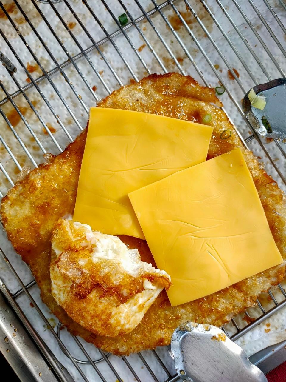 平鎮下午茶,平鎮大潤發,平鎮小吃,平鎮美食,煉乳起司,現點現做,花蓮炸蛋蔥油餅,超級炸蛋