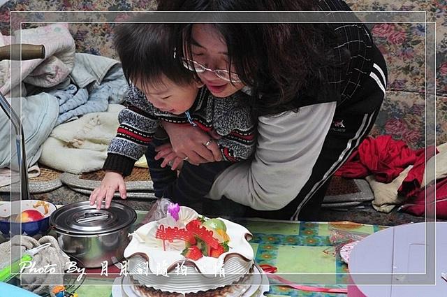 小任-1Y記錄-滿週歲了~我的寶貝生日快樂 @民宿女王芽月-美食.旅遊.全台趴趴走