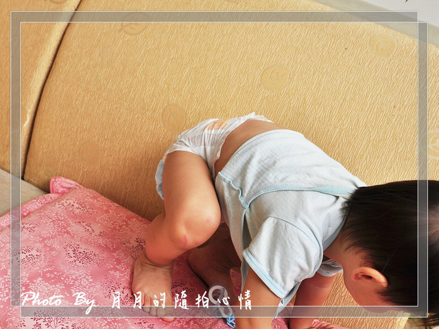 試用-好奇乾爽舒適紙尿布-M字腿下搖咧搖咧 @民宿女王芽月-美食.旅遊.全台趴趴走