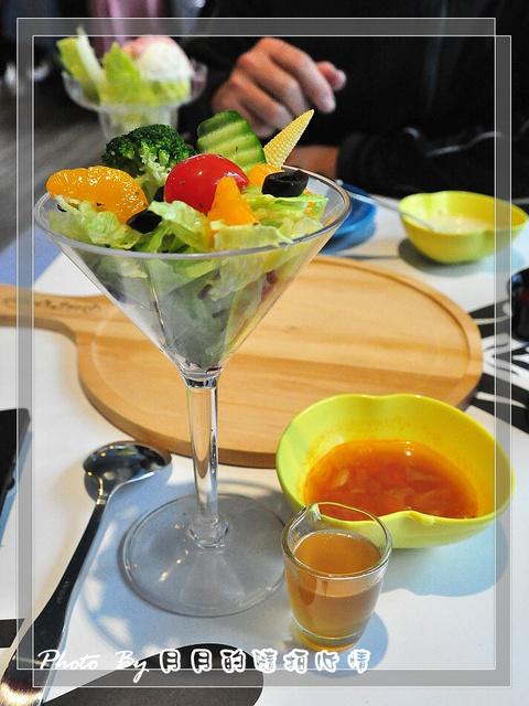 台中北區-愛麗絲的派對-實現你的童話王國 @民宿女王芽月-美食.旅遊.全台趴趴走