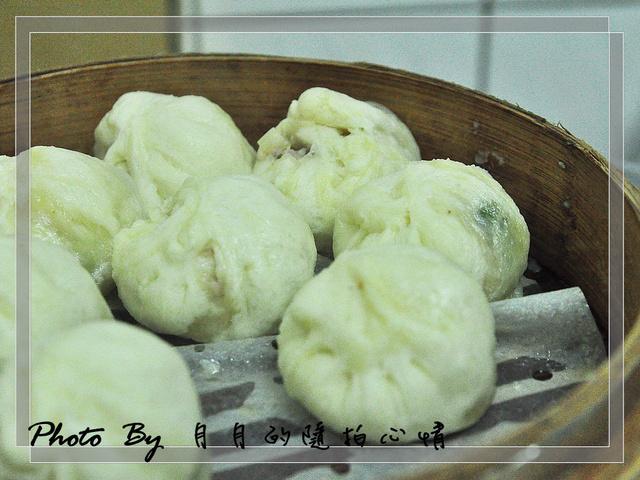 龍潭-黃家蒸餃–俗擱大碗,談不上精緻的小吃啊~ @民宿女王芽月-美食.旅遊.全台趴趴走