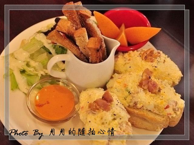 台北基隆路-Pond Buger–威到爆的草莓鬆餅,萬歲萬歲萬萬歲 @民宿女王芽月-美食.旅遊.全台趴趴走