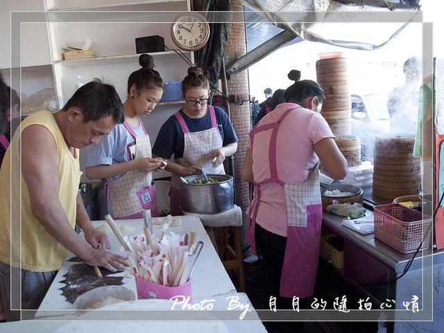 宜蘭–正好鮮肉小籠包 (原正常)–平價普羅級的銅板美食 @民宿女王芽月-美食.旅遊.全台趴趴走